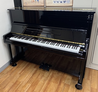 アップライトピアノ U10A