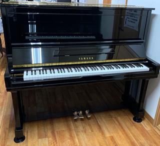 アップライトピアノ U300