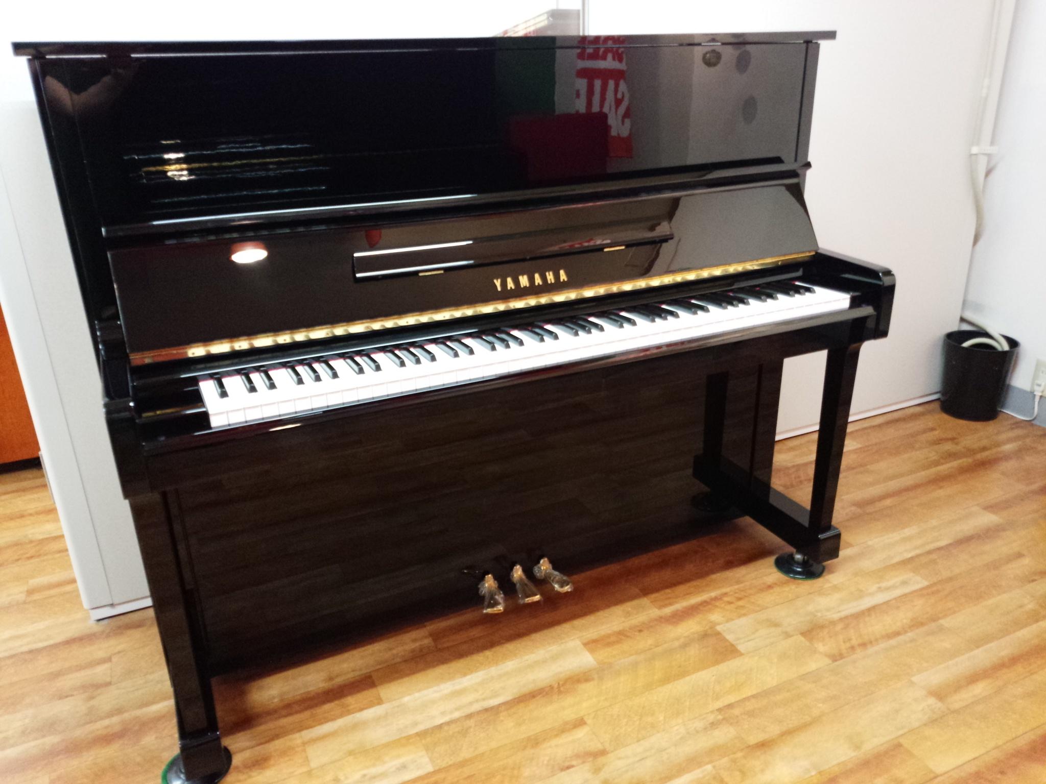 アップライトピアノ U30BL
