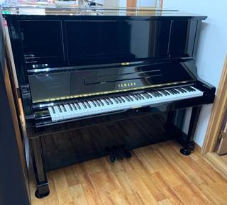 アップライトピアノ UX3